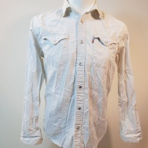 Levi's Pearl Snap Button Down Shirt